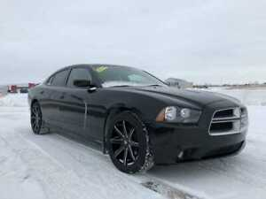 2014 Dodge Charger SXT PLUS  - Leather Seats -  Bluetooth