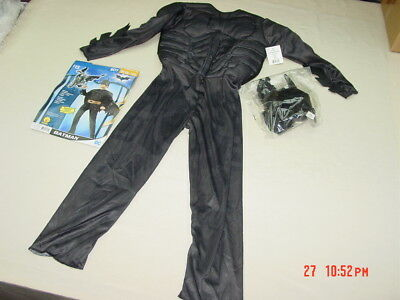 NWT Boy's 4 Piece Batman Costume Justice League Padded Muscle Chest New Unworn](Batman Chest Piece)