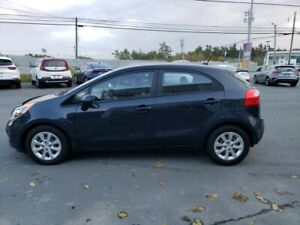 2015 Kia Rio LX +. Heated seats. Warranty incl. Remote starter.
