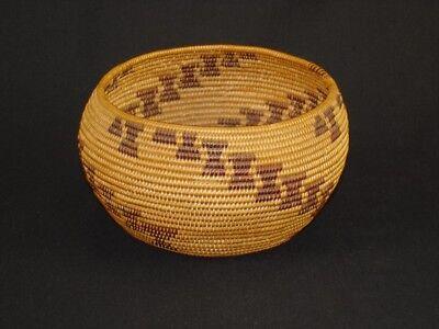 A well-woven Maidu degikup-shaped basket, Native American Indian, Circa: 1910