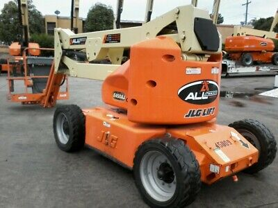 Jlg 45 Articulated Electric Boom Lift