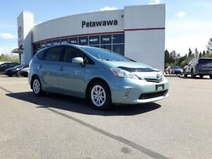 2013 Toyota Prius v Luxury Package with Navigation