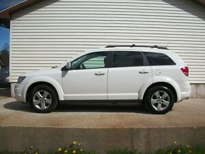 2010 Dodge Journey NICE SUV IN GOOD SHAPE