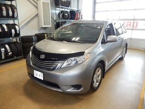 2017 Toyota Sienna LE V6 Comfortable and powerful