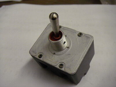 Honeywell 4tl5-3 Screw Terminal Toggle Switch 4 Pole 2 Position Locking Lever