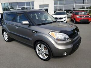 2011 Kia Soul 4U. Std. New MVI. New tires. Sunroof, Heated Seats