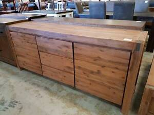 CLEARANCE!! RRP $900 NOW $460! 2 door 3 drawer buffet Springwood Logan Area Preview