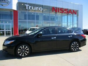 2016 Nissan Altima SV 169 Point Certified 122 B/W O.A.C MUST SEE