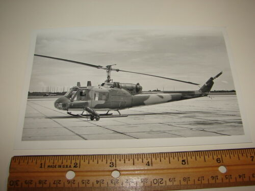 VINTAGE PHOTO PHOTOGRAPH AIRCRAFT HELICOPTER MILITARY VIETNAM ON RUNWAY AIRPORT
