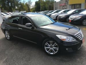 2010 Hyundai Genesis TECH PKG/ NAVI/ REVERSE CAMERA/ LEATHER/ SU