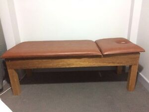 Transitional wood massage bed for sell Chatswood West Willoughby Area Preview