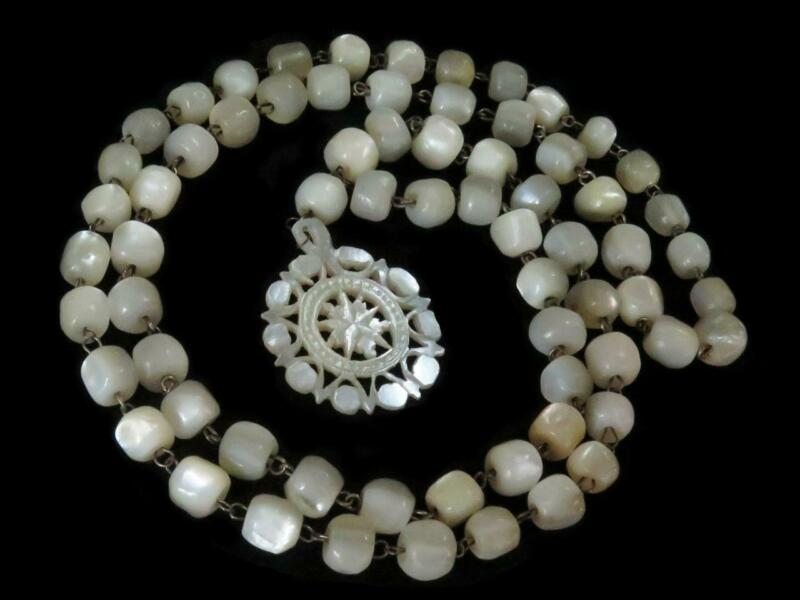 ANTIQUE VICTORIAN LINKED LONG MOTHER-OF-PEARL BEAD & PENDANT NECKLACE.