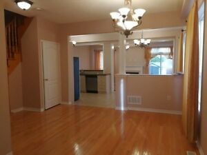 Oakville 4 bedroom townhouse for rent