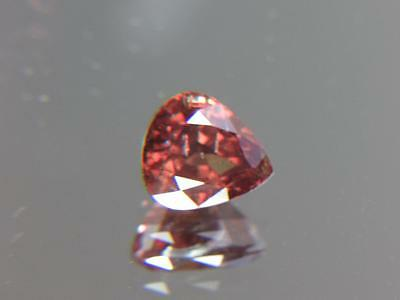 6.28CT STUNNING AFRICAN COLOR SHIFT RASPBERRY RED TO RED PYROPE-ALMANDITE GARNET
