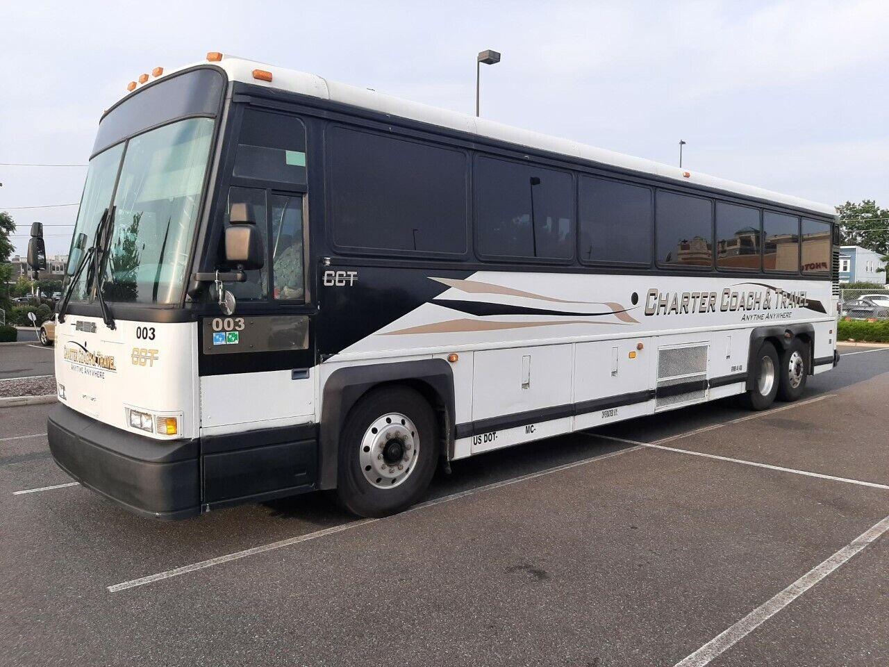 1997 MCI D3 Coach Bus
