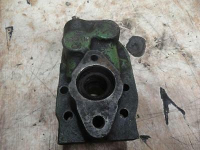 John Deere Power Steering Rear Pump Housing F2911r 520 530 620 630 720 730