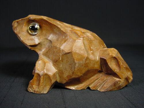 Wooden Frog Artist Carving Japanese Vintage Souvenir Figurine from Mount Tsukuba
