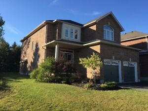 4+1 BED / 4 BATH SOUTH BARRIE HOUSE FOR RENT - AVAILABLE NOV 1ST