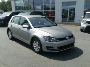 2015 Volkswagen Golf 1.8 TSI Trendline Auto. Like new.