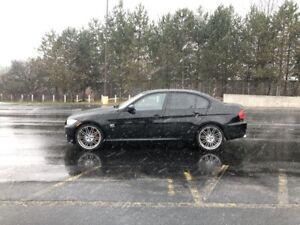 2011 BMW 328i  AWD