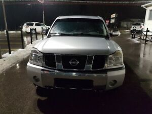 2007 Nissan Titan 4X4 CREW CAB - V8 LOADED! LEATHER - CERT/EMIS
