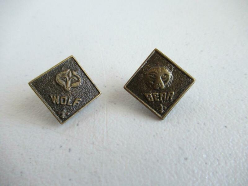 Vintage Official BSA Boy Scouts Cub 2 BEAR and WOLF Pins