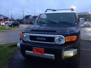 2014 Toyota FJ Cruiser OFF ROAD UPGRADE PKG..RARE FIND..LOW LOW