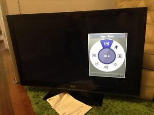 Full HD 42in LCD LG TV television Arana Hills Brisbane North West Preview