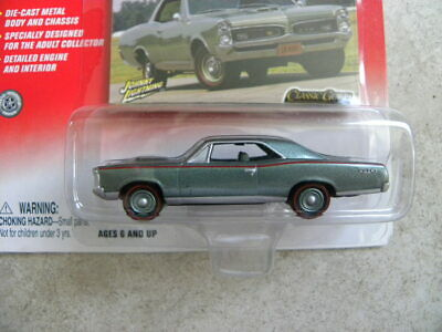 1967 PONTIAC GTO    2003 JOHNNY LIGHTNING CLASSIC GOLD COLLECTION  1:64 DIE-CAST Gold Diecast Collectibles