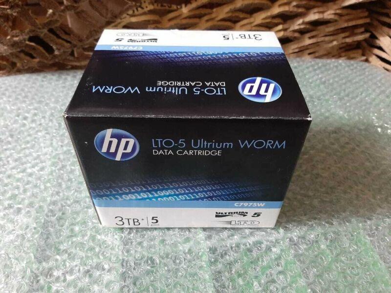 LOT of 5 hp lto-5 ultrium worm data cartridge 3tb