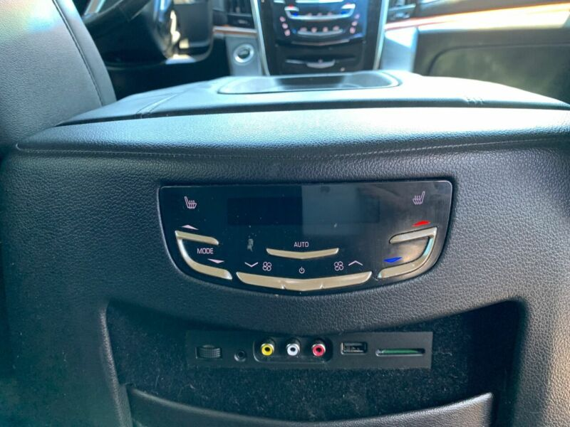 Image 17 Voiture American used Cadillac Escalade 2015