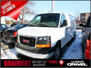 2017 GMC Savana 2500 Cargo Allongé CAMERA DE RECUL AC