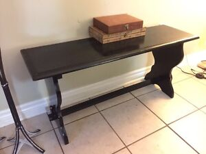 MOVING selling furniture