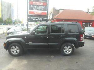 2009 Jeep Liberty Rocky Mountain / 4X4 / A/C / ALLOYS / LIKE NEW