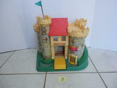 Vintage Fisher Price CASTLE #993 from 1974 (b)