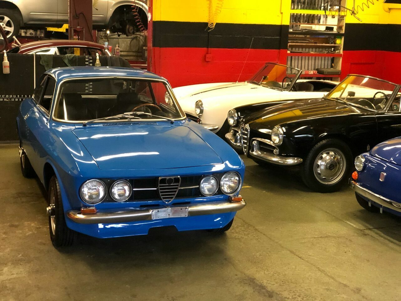 1969 Alfa Romeo GTV 1750 1969 ALFA ROMEO GTV 1750 *SERVICE RECORDS*LOW RESERVE*