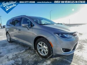 2018 Chrysler Pacifica Touring-L Plus | Bluetooth | DVD | Leathe