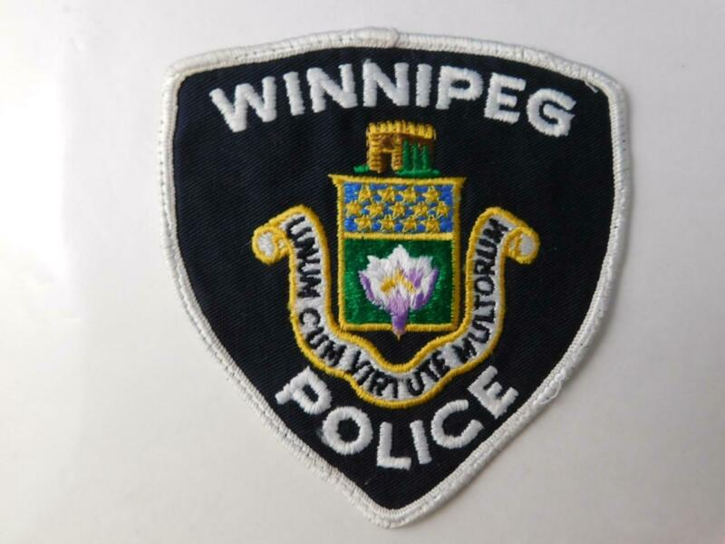 WINNIPEG POLICE VINTAGE PATCH BADGE MANITOBA CANADA COAT OF ARMS COLLECTOR