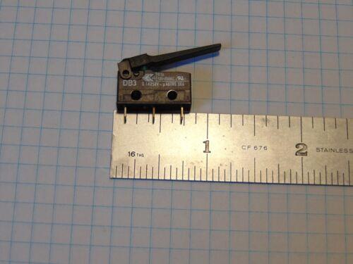 Cherry DB3 Sub-Miniature Snap-Action Switch, NO/NC, 0.1a@125 – 250VAC ULc/usRecz
