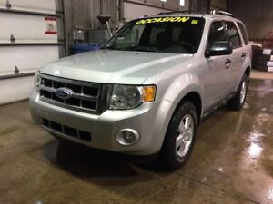 2011 Ford Escape XLT, TRÈS PROPRE, CUIR, MAGS