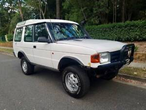 V8 LANDROVER DISCOVERY 3.9L FUEL INJECTED WAGON 4X4 DRIVES GREAT!