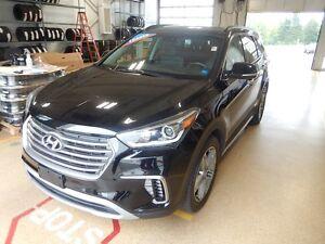 2017 Hyundai Santa Fe XL Limited Loaded 7 passenger