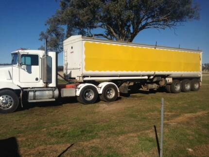 2007 MOORE TRIAXLE  BLOWER TRAILER South Tamworth Tamworth City Preview