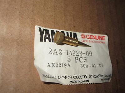YAMAHA NOS - PILOT SCREW - XS400-500-750-1100 - 2A2-14923-00