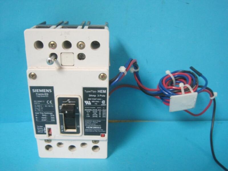 HEM3M003 HEM 3 AMP 3 POLE CIRCUIT BREAKER IEC 60947-2 W/ AUXILIARY SWITCH ASKE2