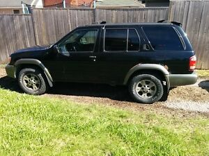 2001 Nissan Pathfinder - as is