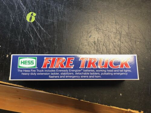 2000 HESS TOY FIRETRUCK NEW IN BOX