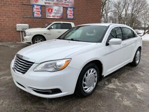 2014 Chrysler 200 Touring/NO ACCIDENTS/CERTIFIED/WARRANTY INCLUD