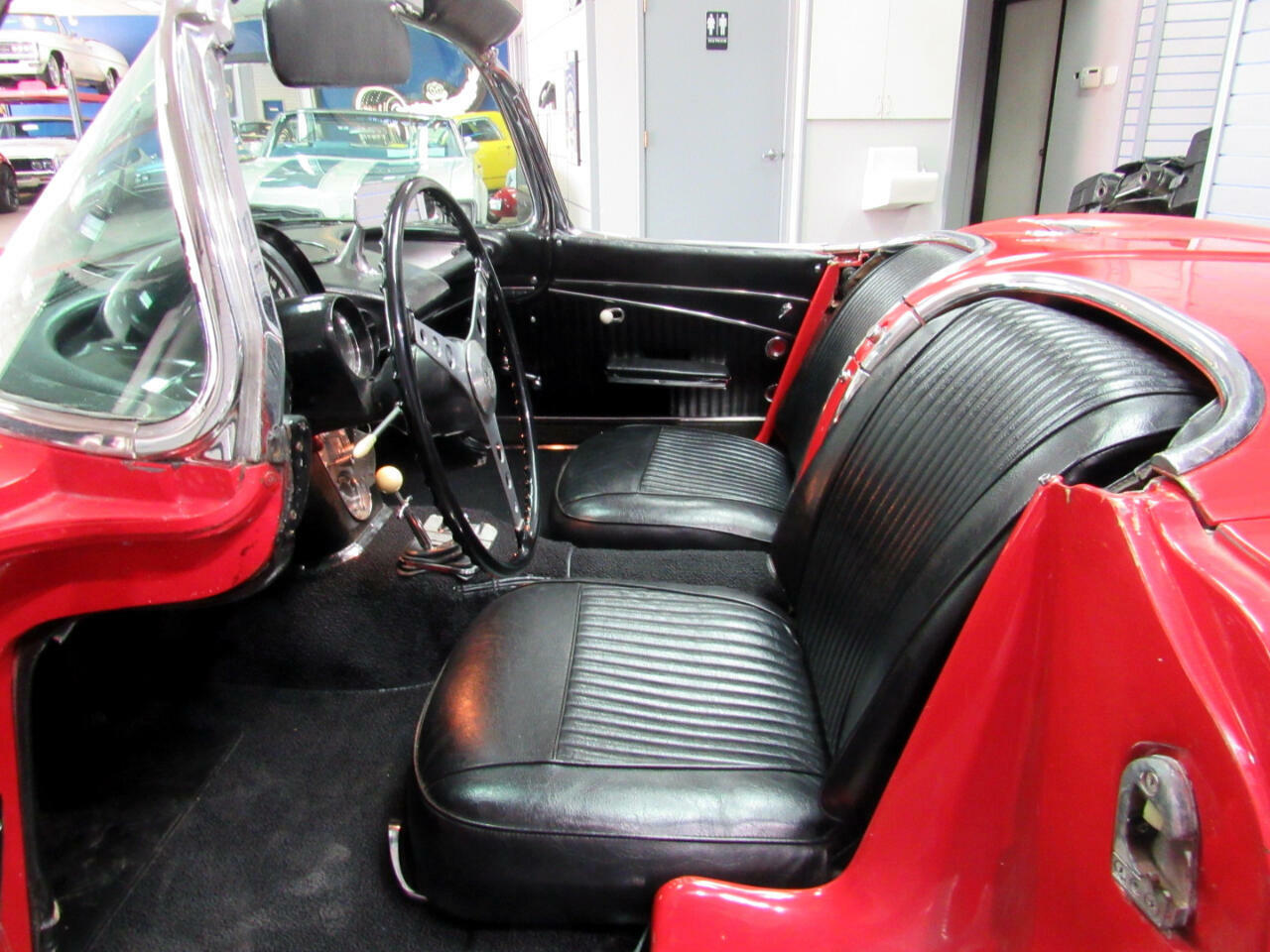 1962 Red Chevrolet Corvette Convertible    C1 Corvette Photo 8