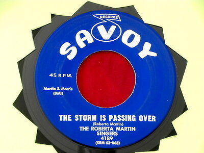 Roberta Martin Singers  The Storm Is Passing Over  Near Mint  Savoy   Gospel 45